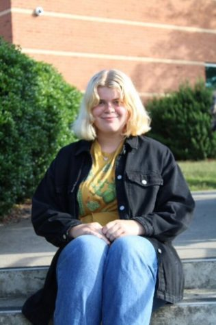 Photo of Olivia Tingle